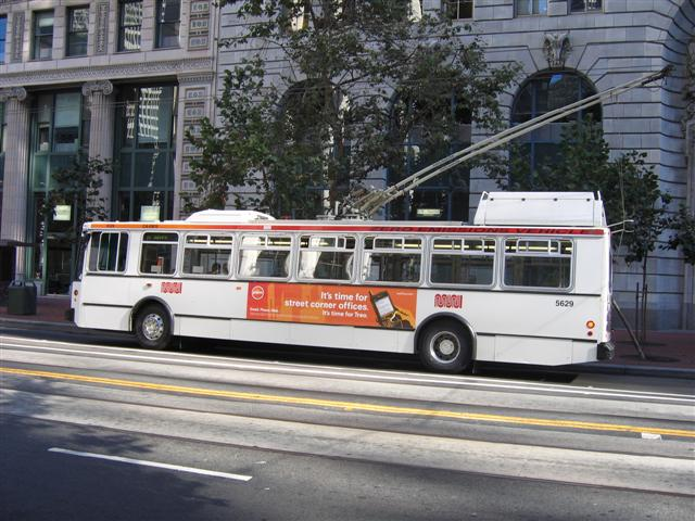 Muni-Trolley-bus-Market-street-San-Francisco