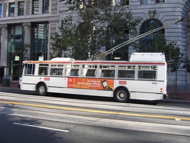Muni-Trolley-bus-Market-street-San-Francisco