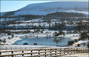 pendle_hill_winter470_470x300