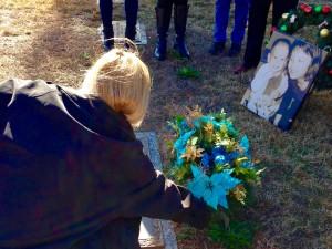 Christine-lays-wreath-2015